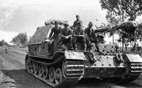 world war ii in pictures the ferdinand elefant tank destroyer. Black Bedroom Furniture Sets. Home Design Ideas
