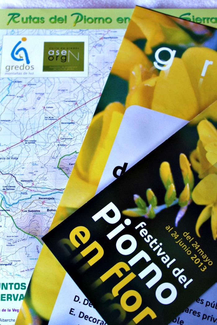 Cookies y Gredos en Piornos en flor. http://www.maraengredos.com/