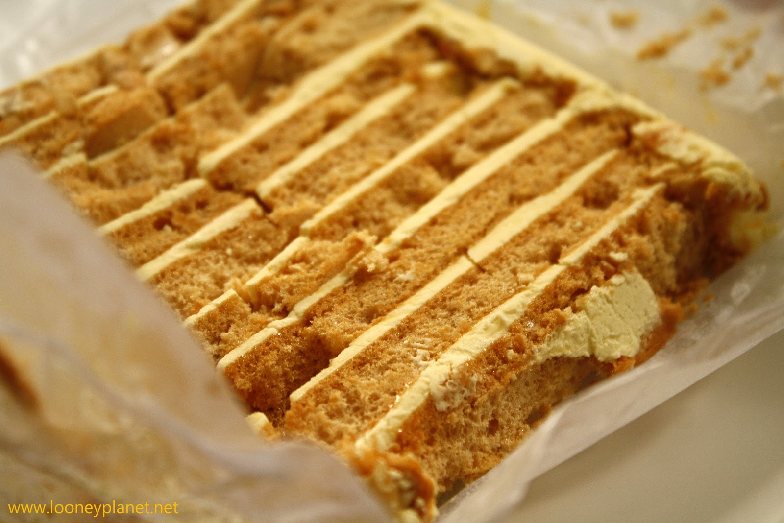 ... : caffeine fix and a slice of heaven in Sans Rival Dumaguete