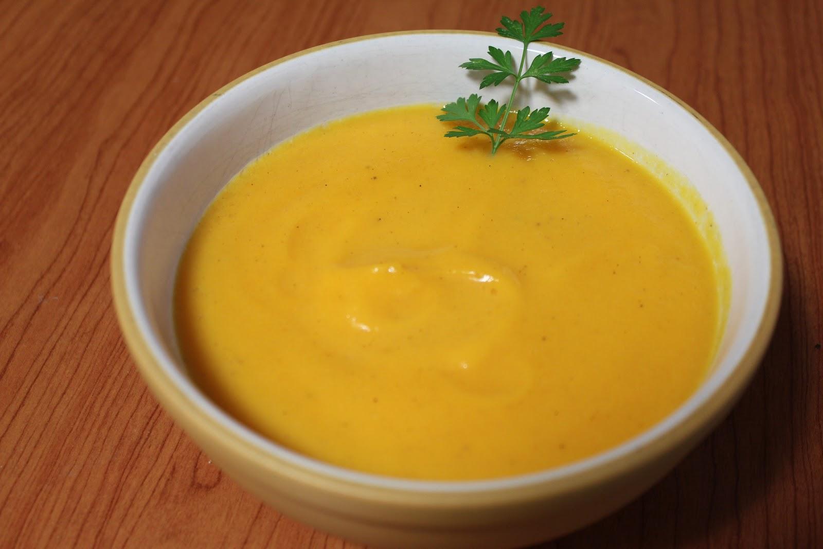 Crema o pur de calabaza con especias - Pure de patatas y calabaza ...