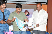 Nuvvu Nenu Okatavudam press meet-thumbnail-3