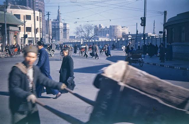 Замечательные цветные фотографии Шанхая. 1945 - 1946 год.