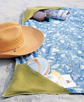 summer craft add pockets to beach blanket