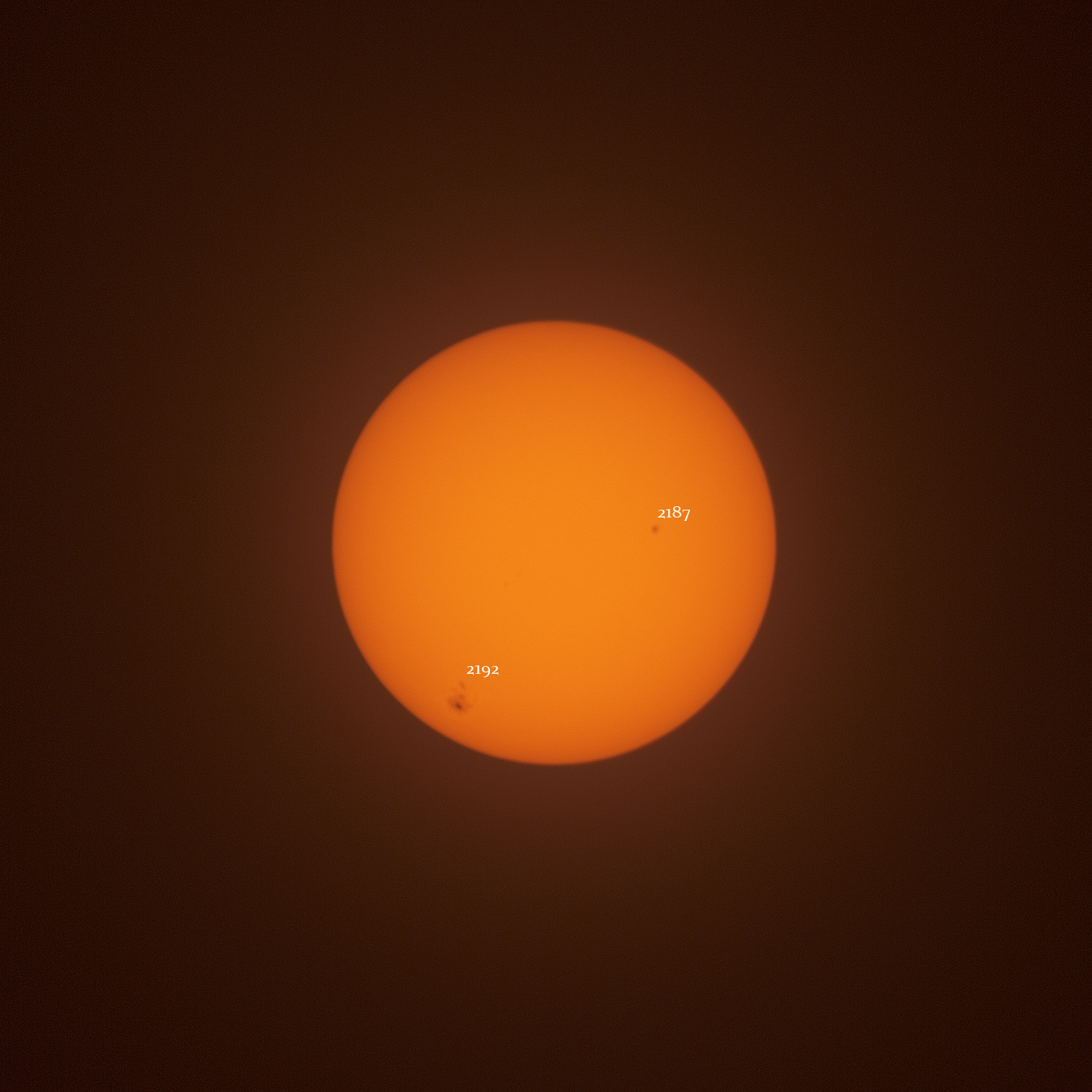 sunspots DSLR 300mm