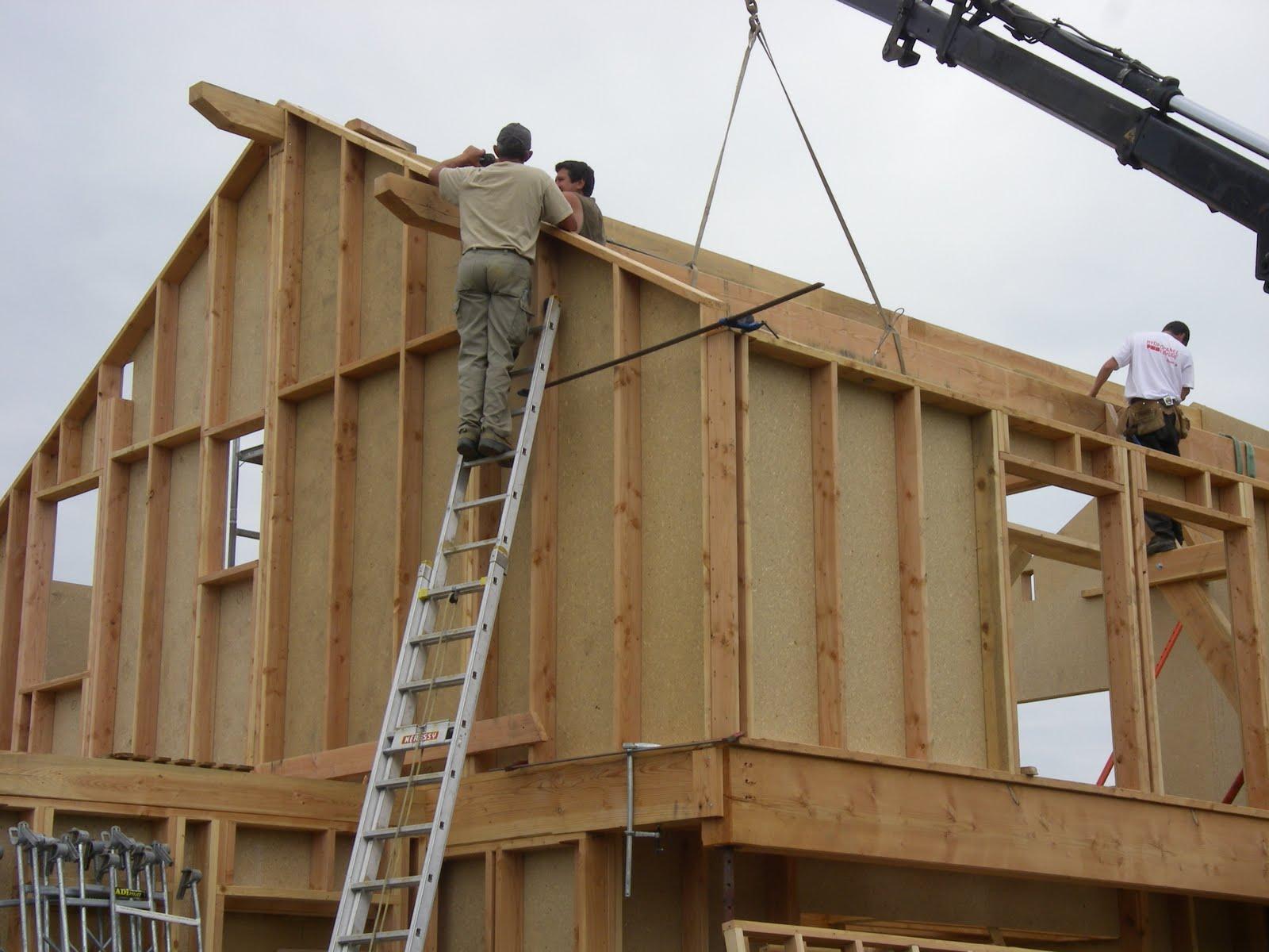 notre maison ossature bois labelis e bbc dans les pyr n es. Black Bedroom Furniture Sets. Home Design Ideas