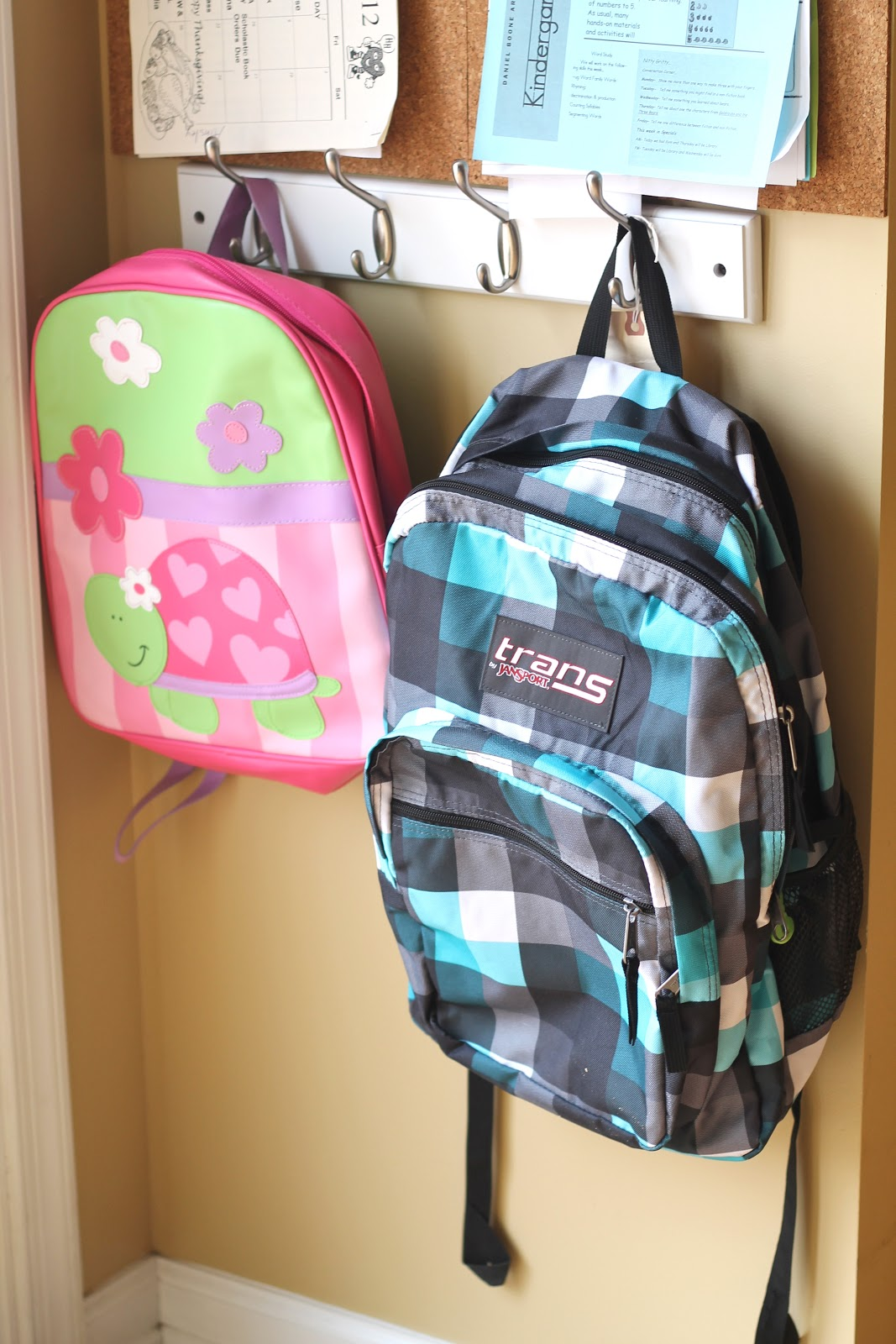 Organizing Book Bags And Kids Welcometothemousehouse Com