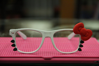 Hello Kitty cute white glasses