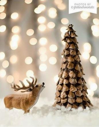 Arbolito de navidad hecho de pi as secas - Manualidades navidad con pinas ...