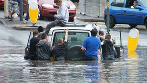 Midlands_England_floods_recent_natural_disasters