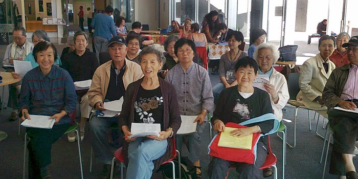 Members of the Chinese settlers chat club.