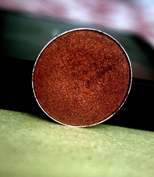 MAC Antiqued Eye Shadow Refill