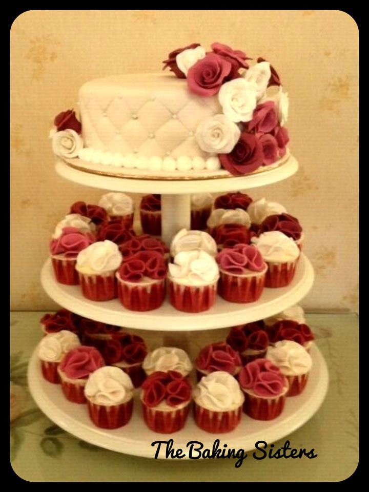 White wedding cake with big red roses | ♥ The Baking Sisters♥