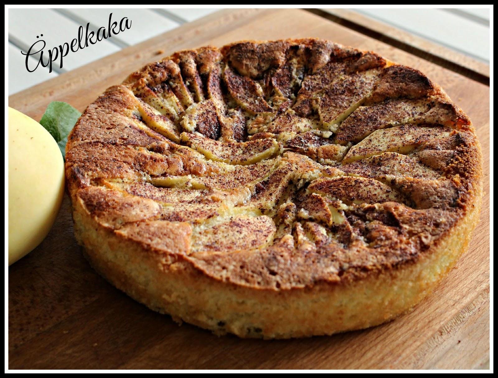äppelkaka med skivat smör