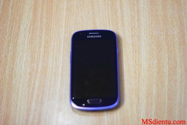Mặt trước Samsung Galaxy S3 mini Trung Quốc