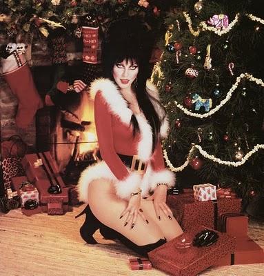 The Spooky Vegan: 13 Days of Creepmas: Elvira's Scary Christmas
