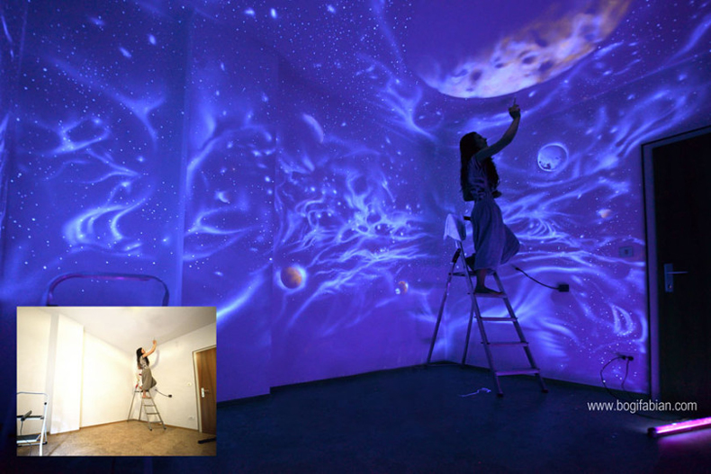 Artista Bogi Fabian crea murales ocultos en dormitorio usando brillantes pinturas UV