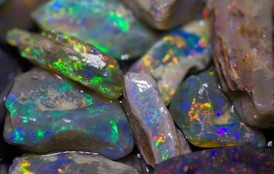 Kalimaya black opal