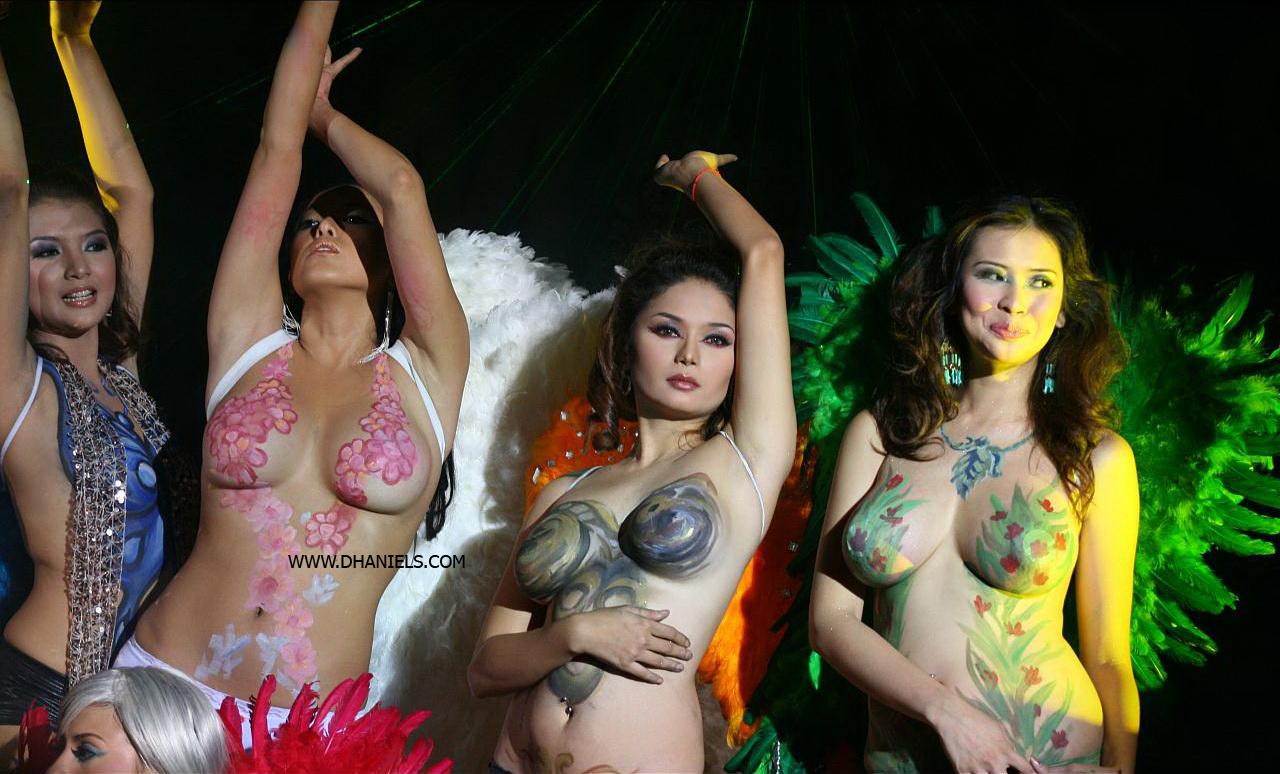 body,painting,cewek,bugil,telanjang