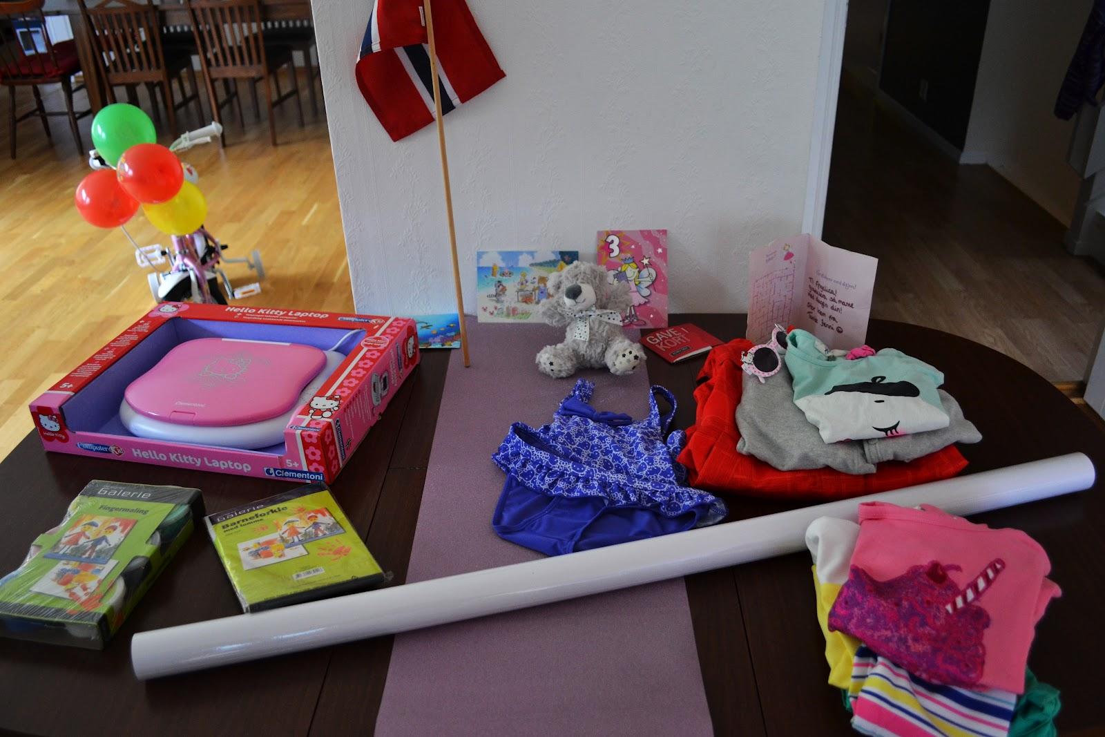 sengetøy jente jul