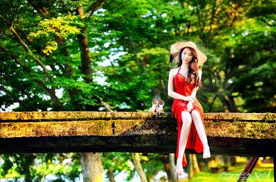 Shin Hae Ri Beautiful Fantasy Girl in Red