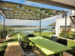 Casa do Lago, family villa holidays