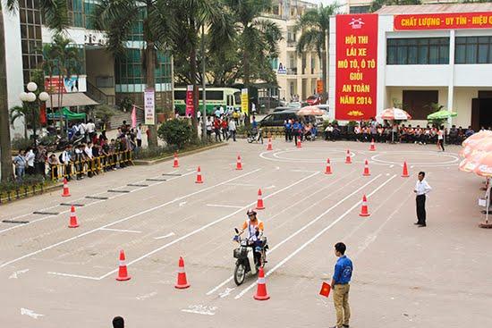 Khóa thi bằng lái xe máy A1 cấp tốc
