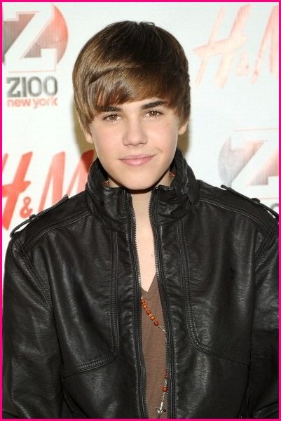 http://3.bp.blogspot.com/-bJL4IugC53E/TVWzYvARbFI/AAAAAAAAe4w/IhG1Xc1UMk8/s1600/Justin-Bieber-Want-To-Win-2011-Grammy.jpg