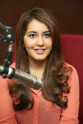Raashi khanna latest glamorous stills-thumbnail-9