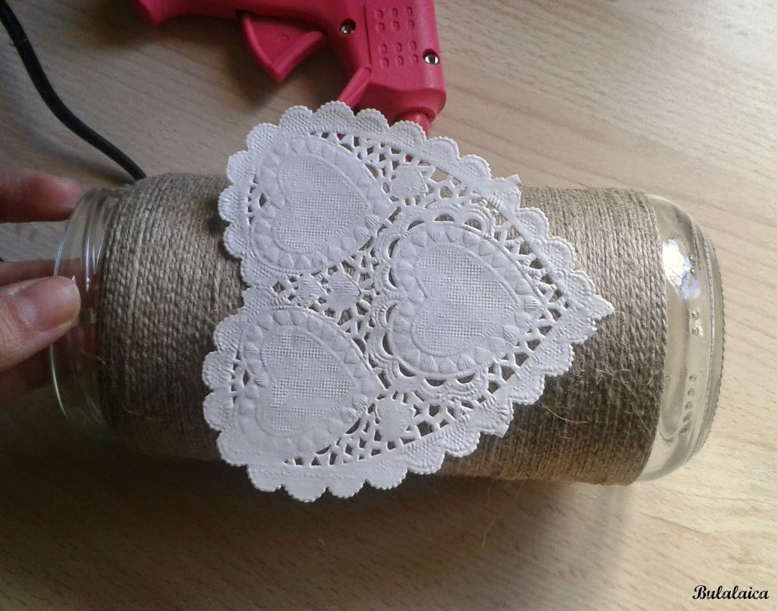 DIY: Romántico florero con tarro de cristal