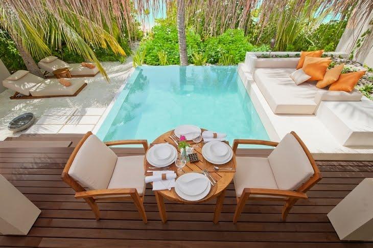 Estilo rustico jardines con piscinas rusticas - Decoracion de jardines rusticos ...