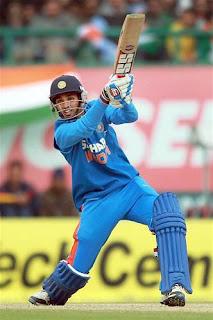 Bhuvneshwar-Kumar-5th-ODI-INDIA-vs-ENGLAND-Dharamsala-2013