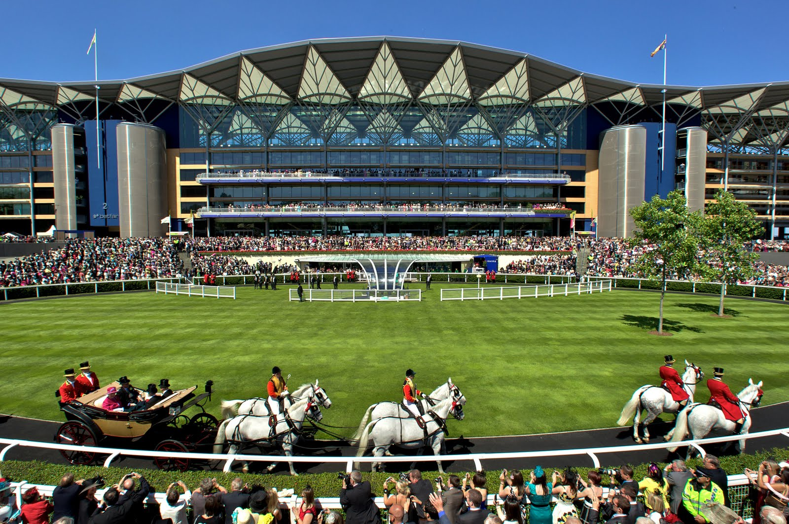 where is royal ascot racecourse