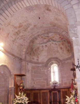 Cangas de Onís, iglesia de San Pedro de Villanueva, capilla mayor