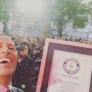 Ngakak, Raja Selfie Dunia Ternyata Dwayne Johnson alias The Rock