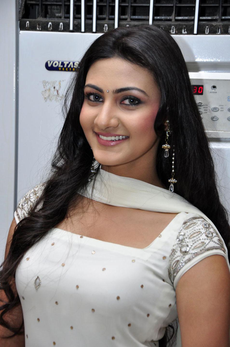 Neelam Upadhyay HQ Photo Gallery in White Churidar Dress