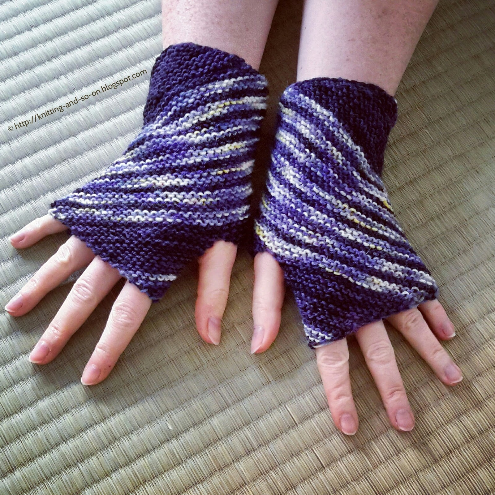Wrist Warmers Knitting Pattern : Knitting and so on: Inclination Wrist Warmers