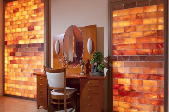 Zen room on pinterest meditation rooms meditation for Himalayan salt decor