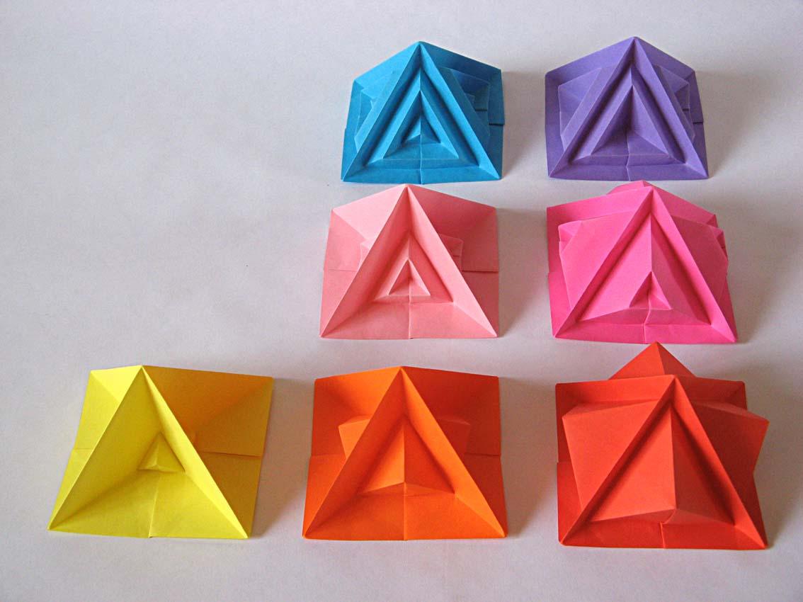 Origami Piramide settima e varianti - Seventh pyramid and variants by Francesco Guarnieri