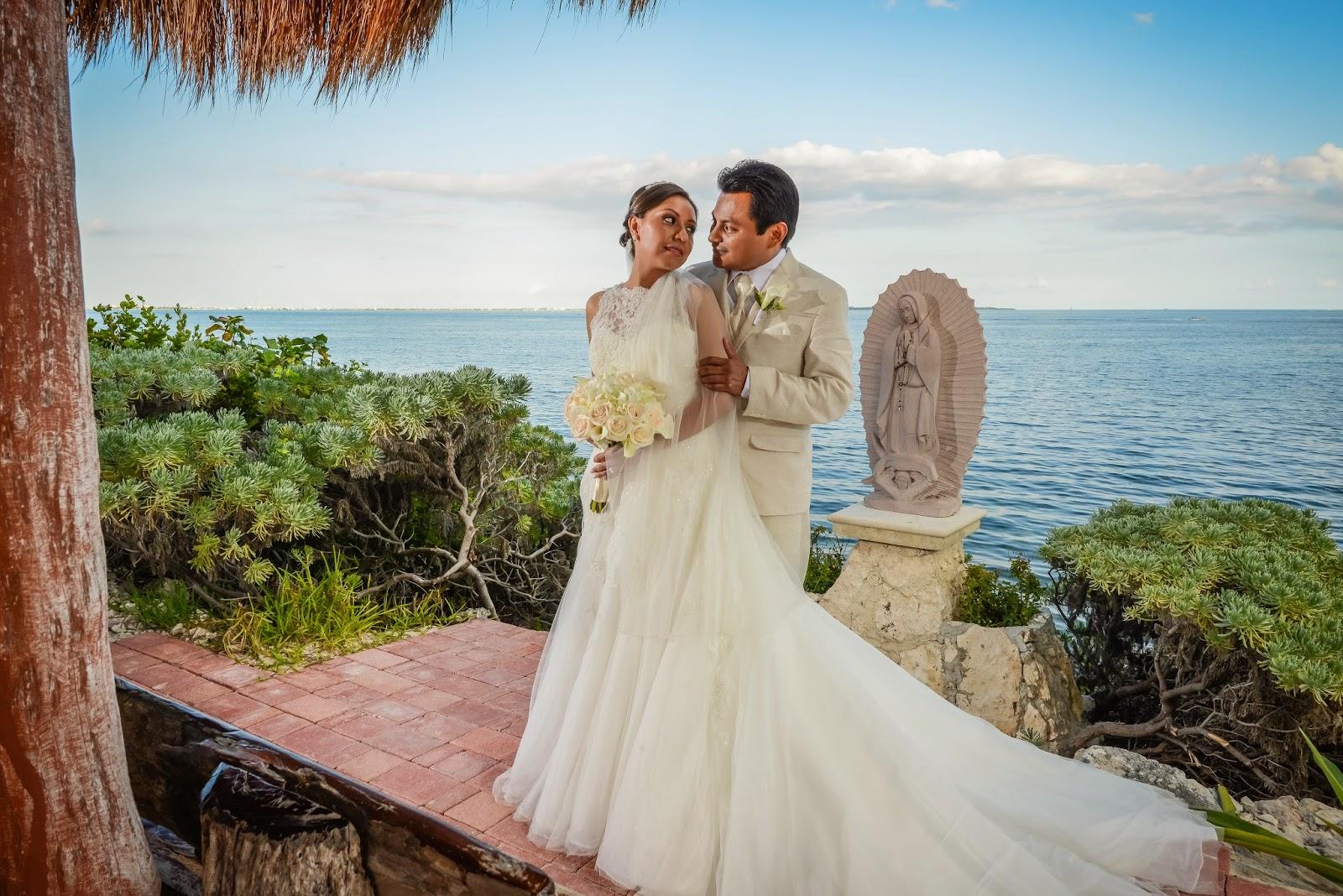 Party boutique canc n bodas en la playa decoraci n en for Decoracion en cancun