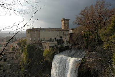 castello Boncompagni Viscogliosi isola Liri