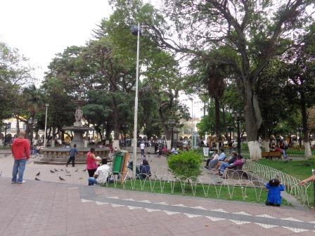 Risultati immagini per piazza centrale cochabamba