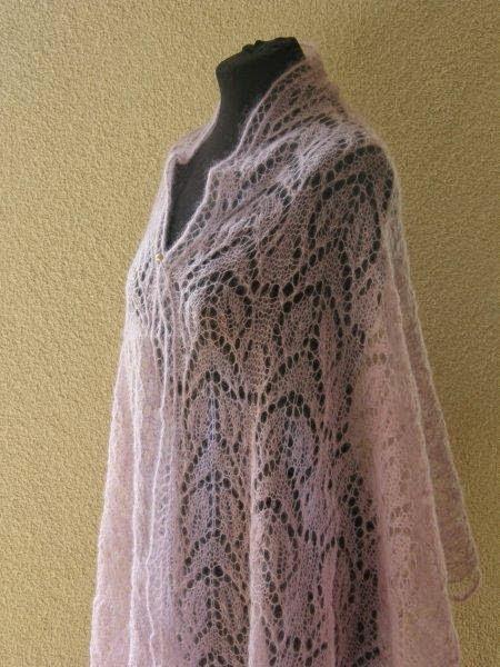 TE KOOP: roze/ lila kidsilk shawl.