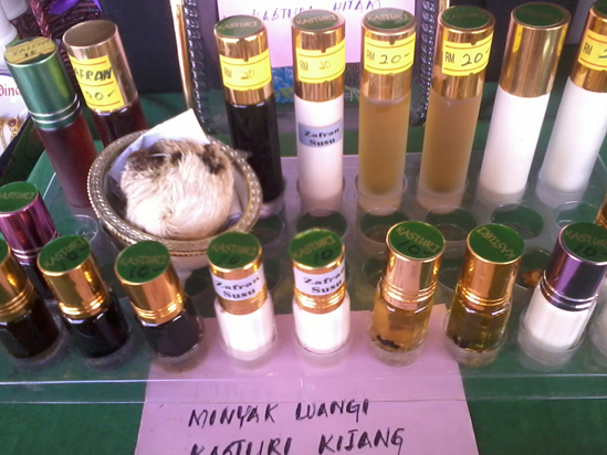 Minyak Wangi Kasturi Kijang