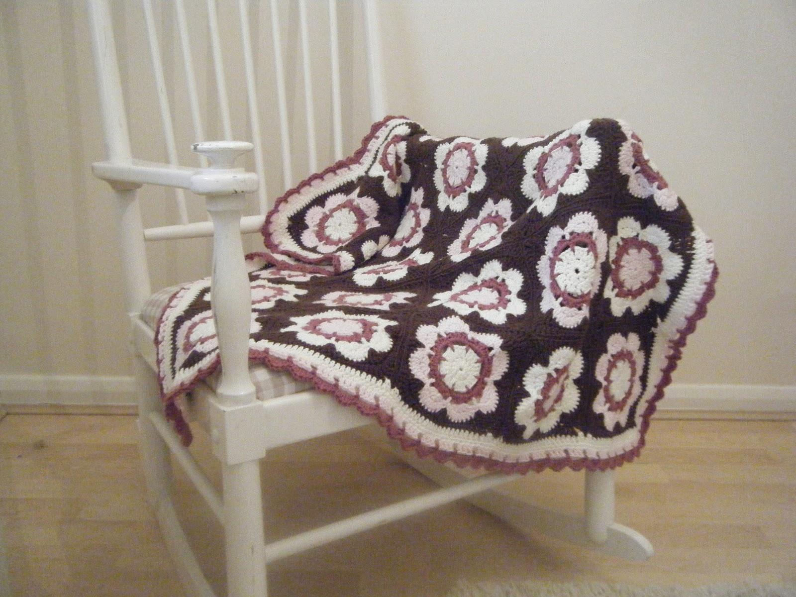 Crochet Primrose Square Blanket