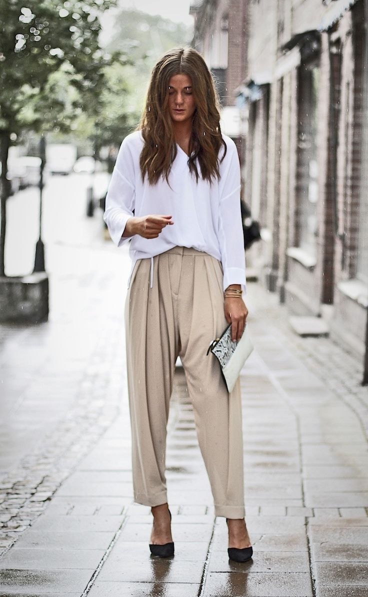 Street style white and blush