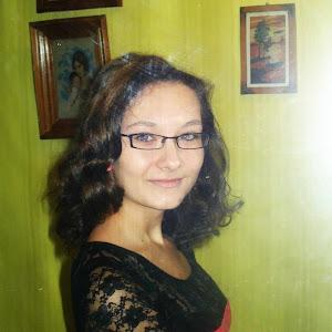 ANA MARIA GÎBU, poeta de 14 ani ( click foto )