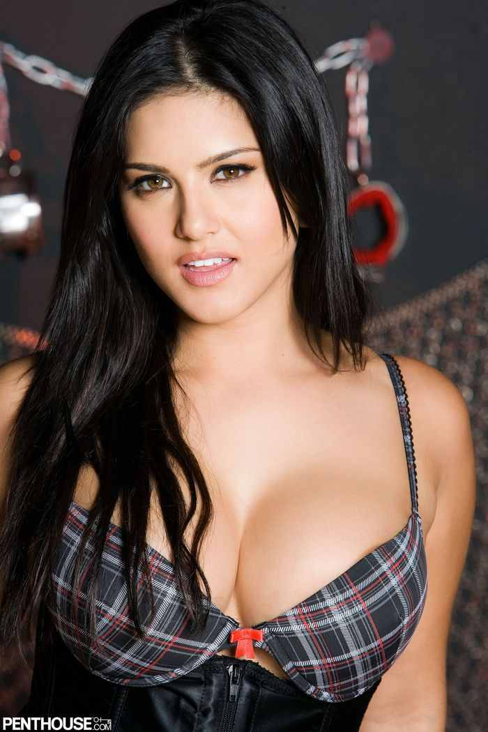 Confirmed Sunny Leone S New Up Ing Movie List Sunny Leone