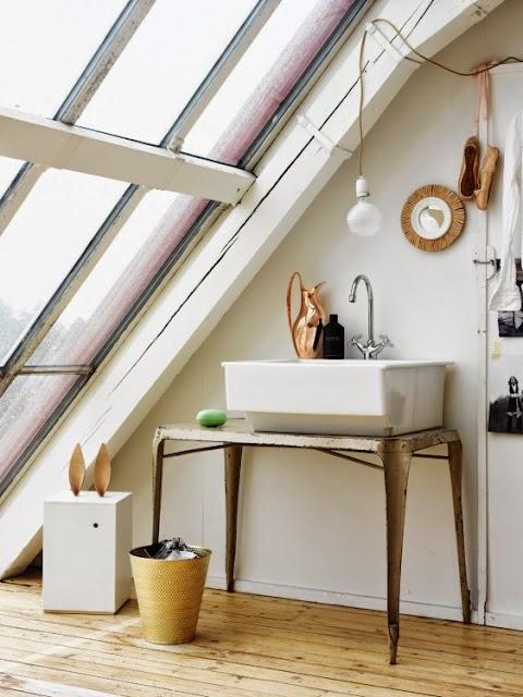 Ático luminoso en Suecia - Lavabo vintage