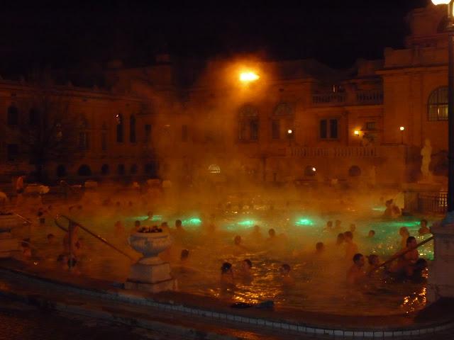 Balneario de Budapest. Szechenyi. Para mi, el mejor Balneario