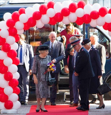 HRH Princess Beatrix opens the Major Bosshardt Burgh in Amsterdam on 03.10.2014